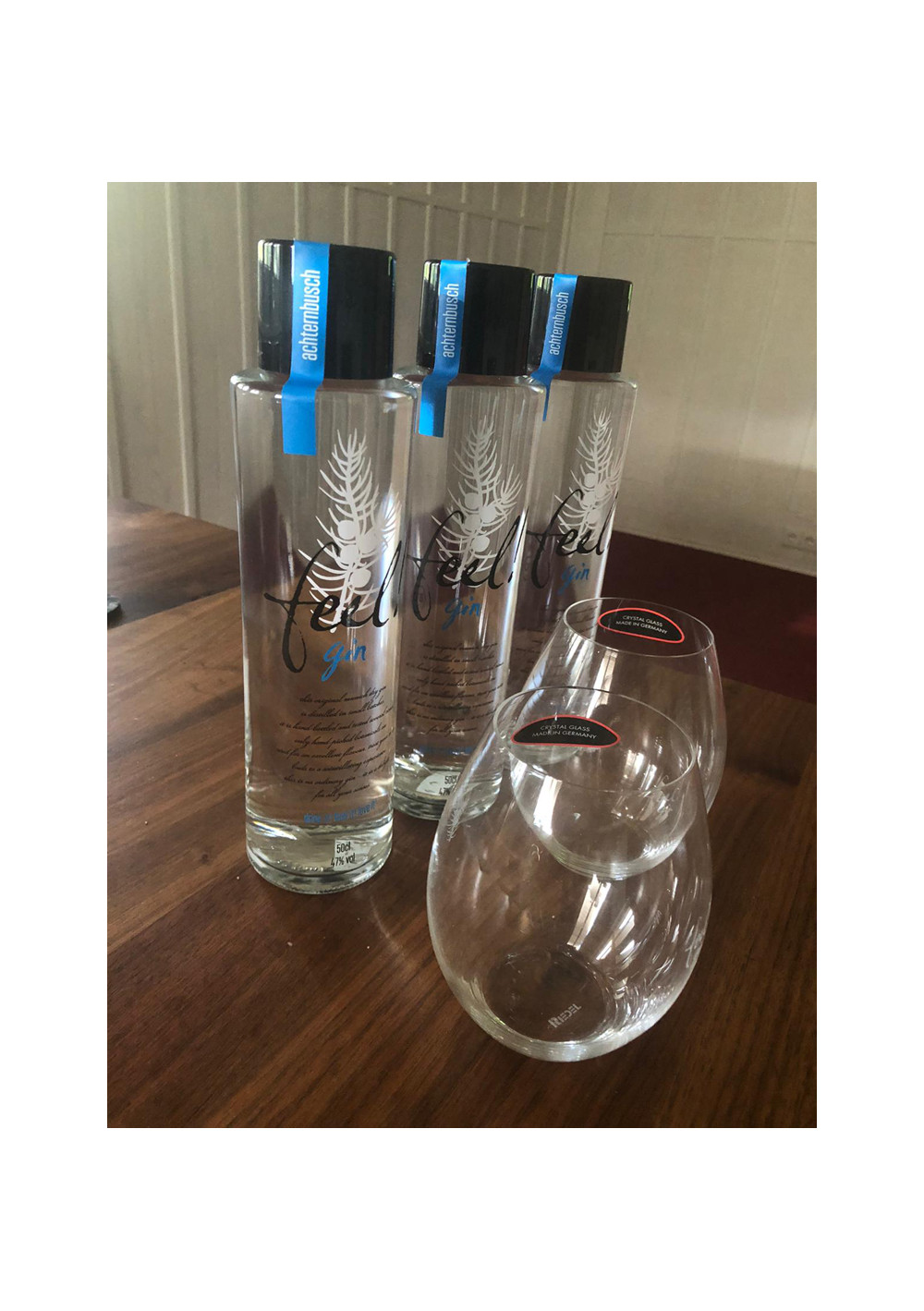 Super-Offerte: 3er Set of Feel! Munich Dry Gin. 2 Riedel-Tumbler gratis